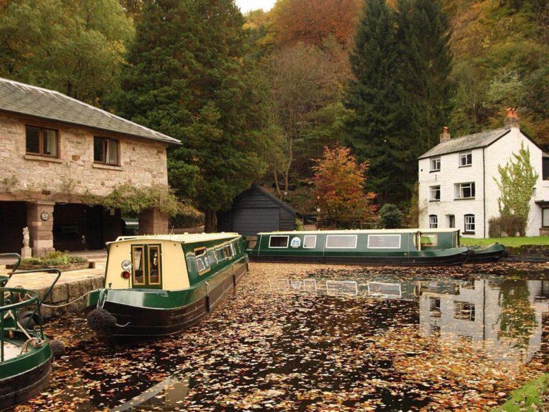 Boats 48