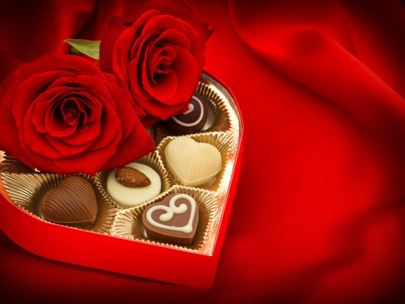 Chocolate Flowers Love Gift High Definition Wallpaper