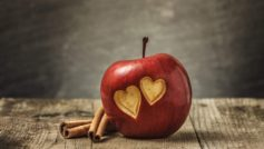 Sweet Hearts Apple